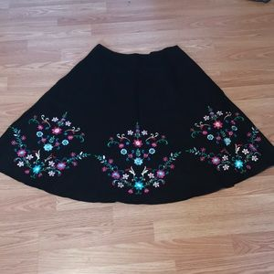 Willi Smith embroidered skirt